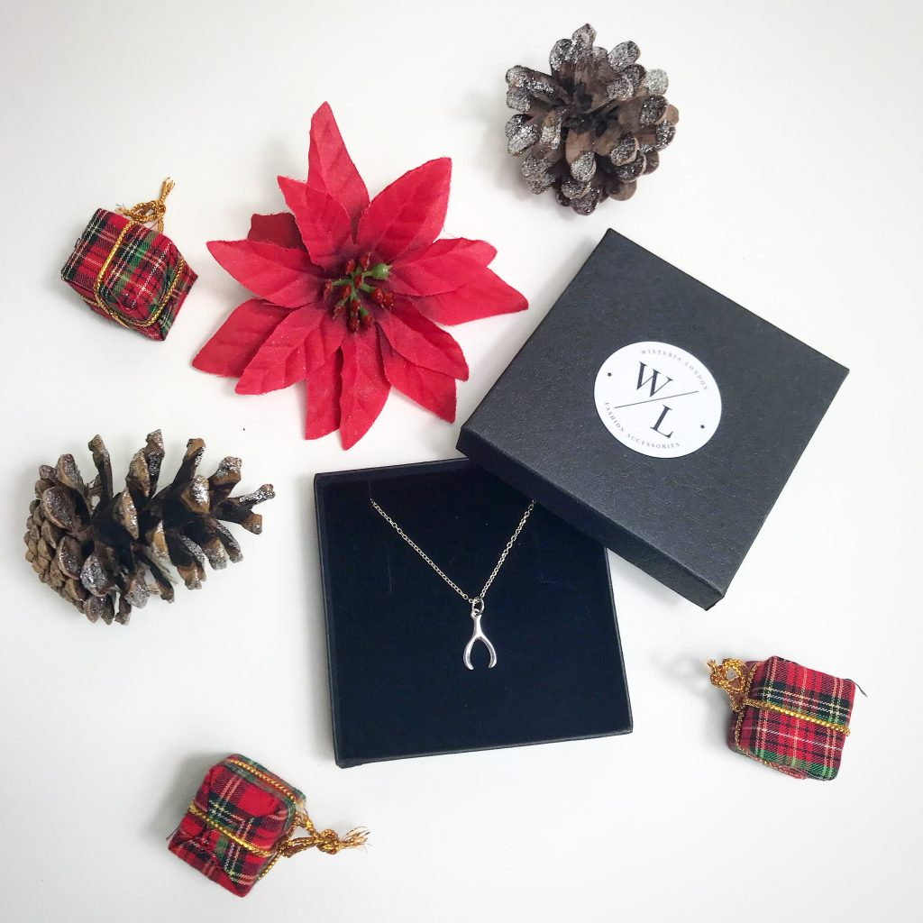 The Jewellery Lovers Christmas Gift Guide - Sterling Silver Wishbone Necklace