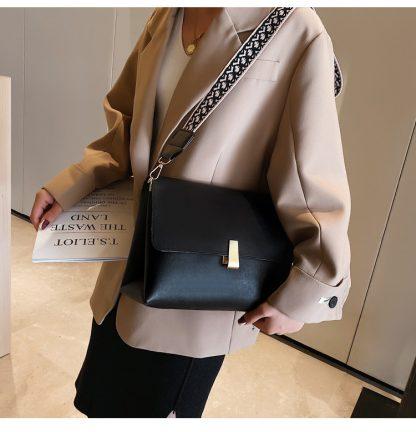 Clara Black Shoulder Bag