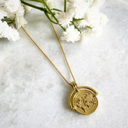 World Traveller Necklace Gold
