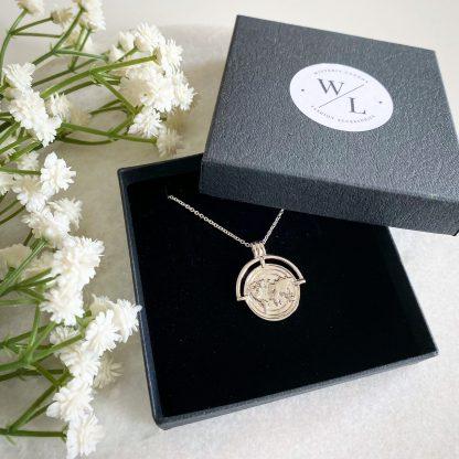World Traveller Necklace Silver