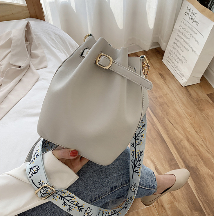 Farah Grey Balloon Bag