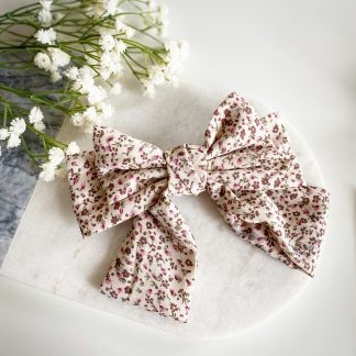 Fifi White Floral Hair Bow