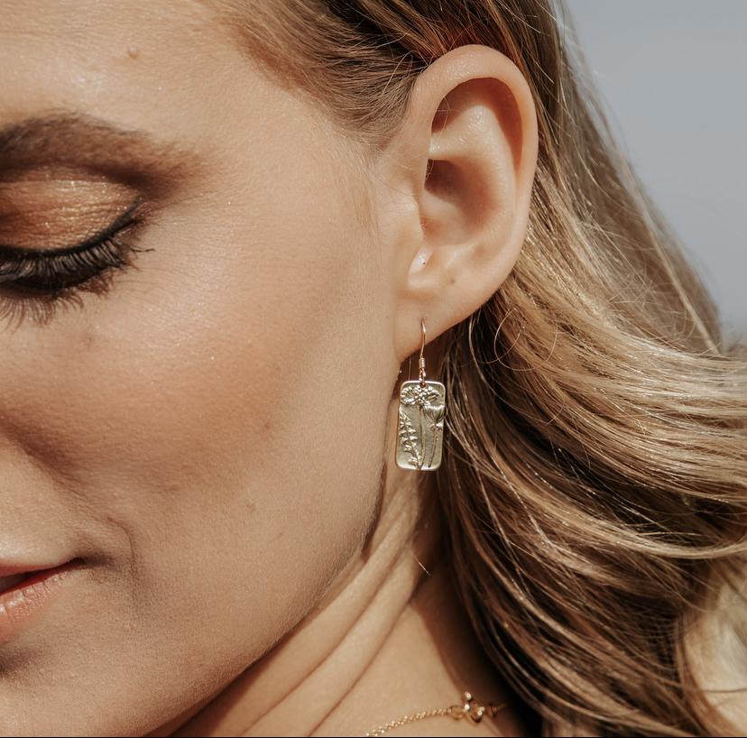 Meredith Wildflower Gold Earrings